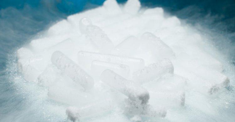 Kuru Buz nasıl muhafaza edilir ? Ne kadar süre dayanır ?